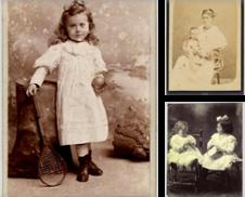 Children in photographs Di Libreria Lanterna Magica